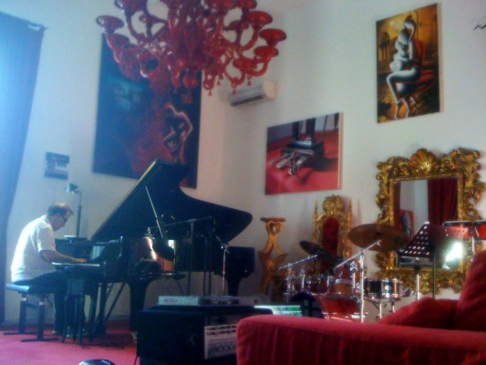 A picturesque moment of Mark Kostabi recording at his homehellip