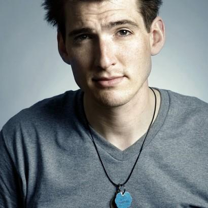 Singer Songwriter Matt Hutchison Signs Management Deal with Innsbruck Records